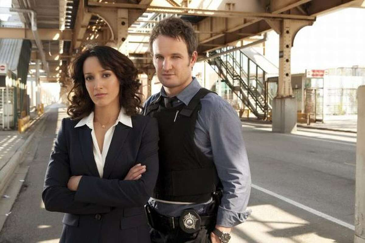 Chicago Detective Jarek Wysocki (Jason Clarke, right) and Superintendent of Police Teresa Colvin (Jennifer Beals, left) take on crime and corruption in the new Fox drama