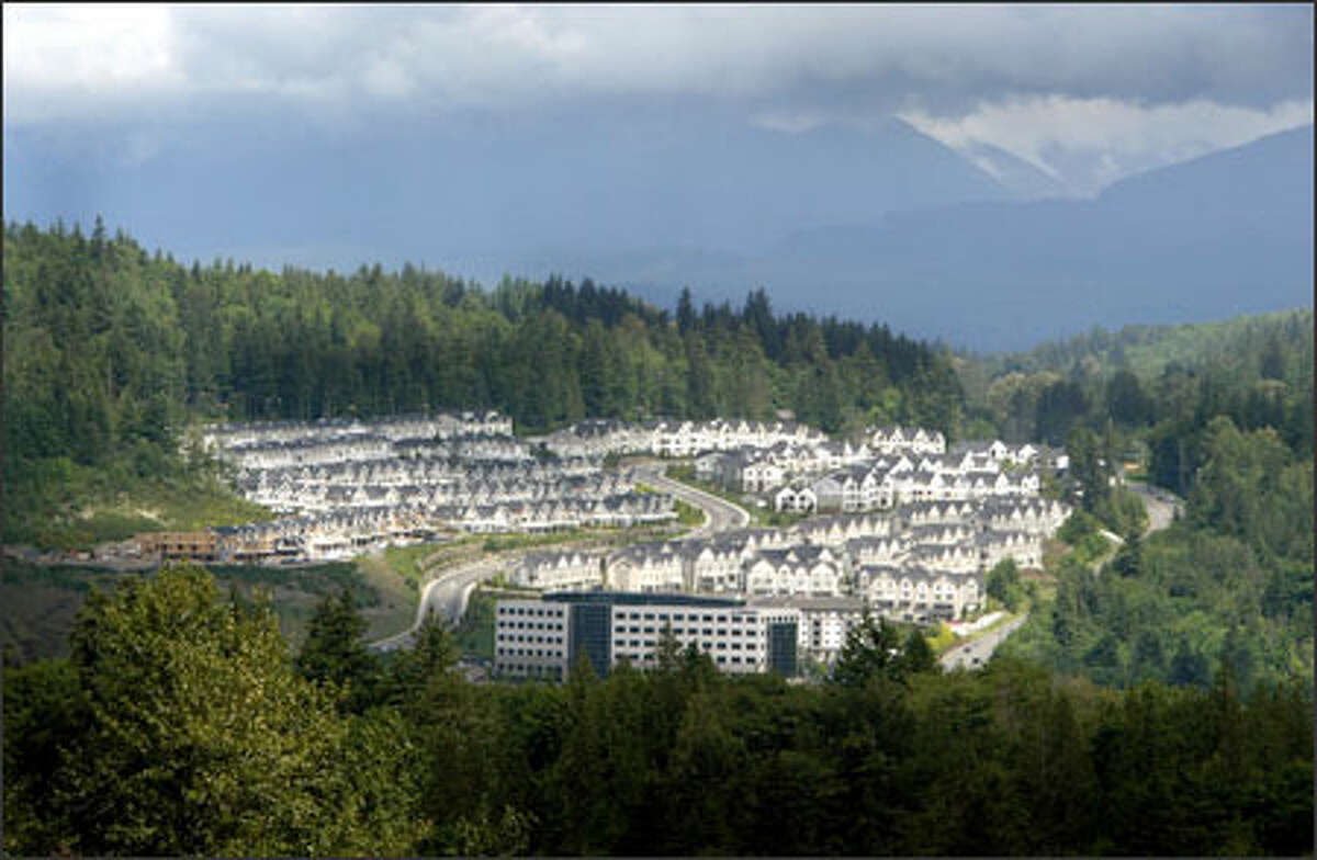 """The Issaquah Ridge development on the Issaquah plateau in the Cascade foothills is surrounded by forest. The """"Cascade Agenda"""" urges a regionwide discussion on ways to develop rural areas."""