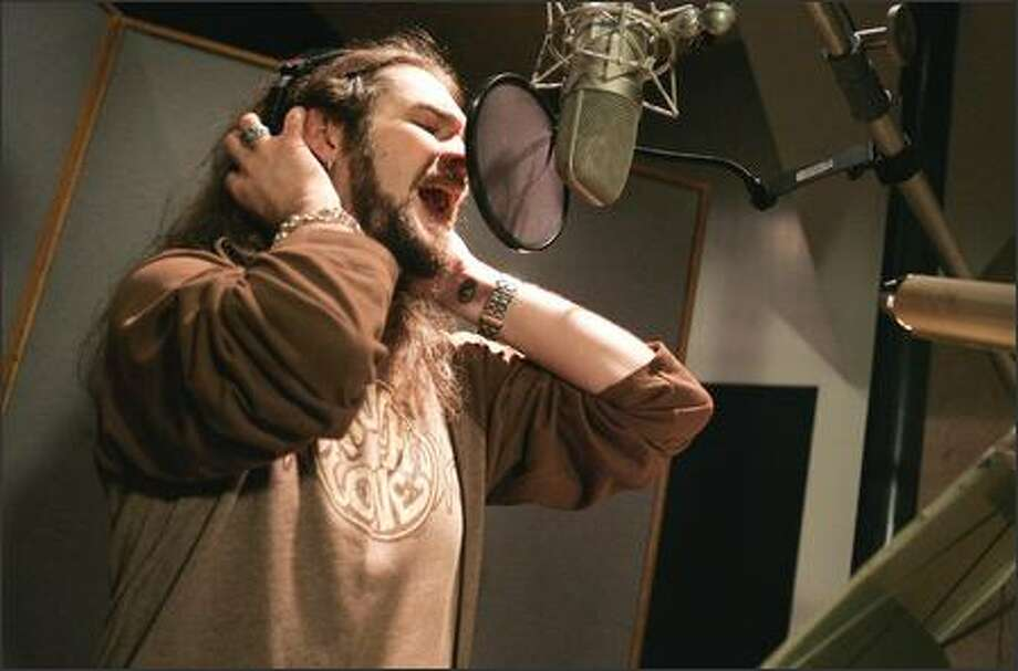 "Bo Bice ""American Idol"" Runner-up signs with 19 Recordings / RCA RECORDS. Photo Image of Bo Bice recording his new single release ""Vehicle"" that will be released on June 21, 2005. (Photo: Business Wire) Photo: Associated Press / Associated Press"