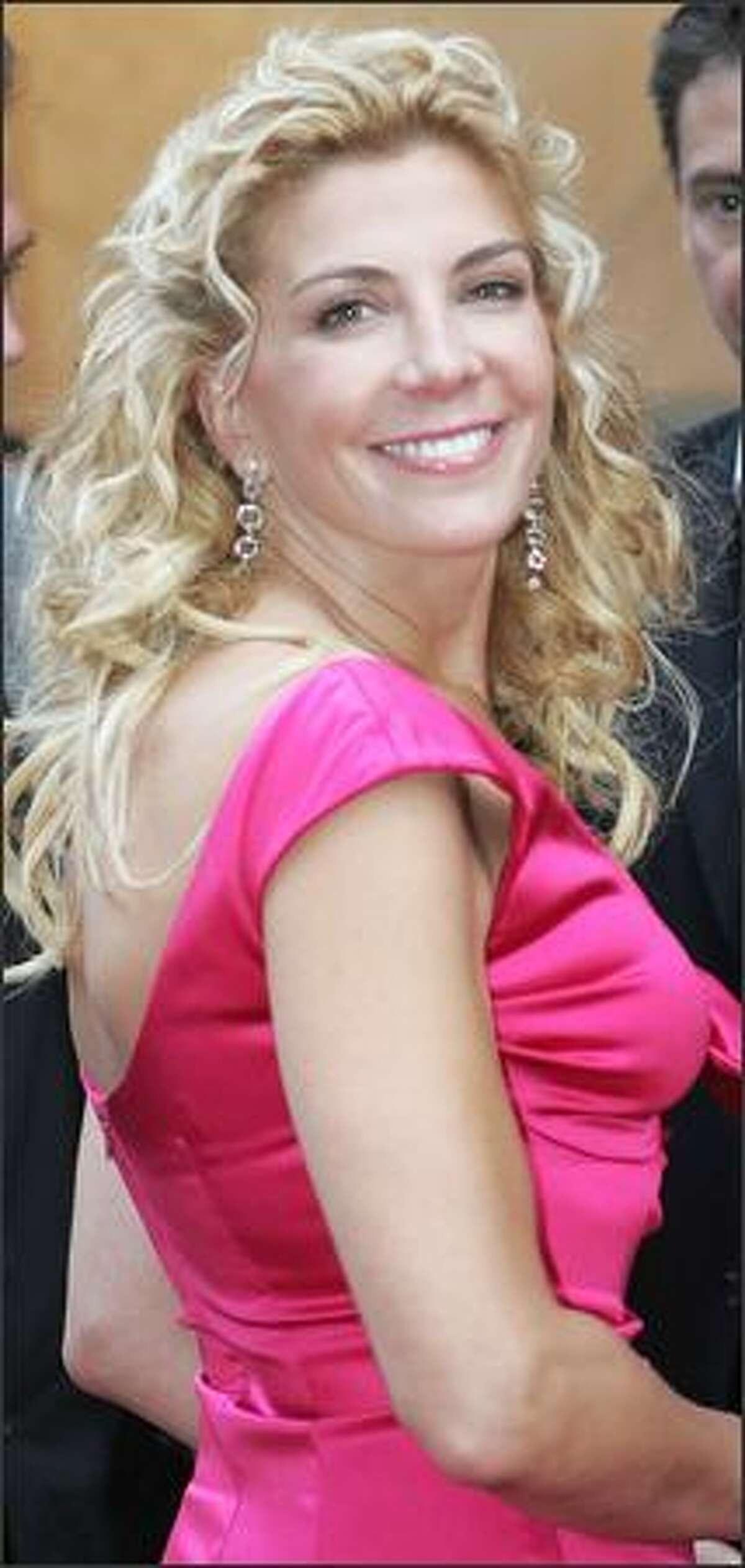 Actress Natasha Richardson looks confident and well-adjusted as she arrives at the New York premiere of