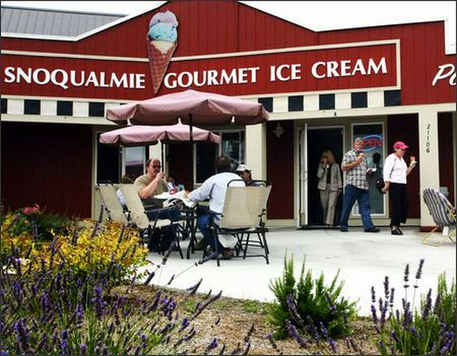 Snoqualmie Gourmet Ice Cream Parlor serves solid food such as the caprese sandwich, but it's the cold stuff, such as Strawberry Cheesecake ice cream that sets it apart. Photo: Karen Ducey, Seattle Post-Intelligencer / Seattle Post-Intelligencer