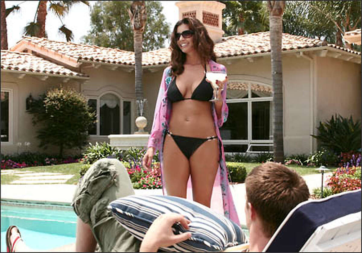 """Charisma Carpenter says of her character, """"bitch in a bikini"""" Kendall Casablancas: """"You can't stand her, but you can't stop watching."""""""