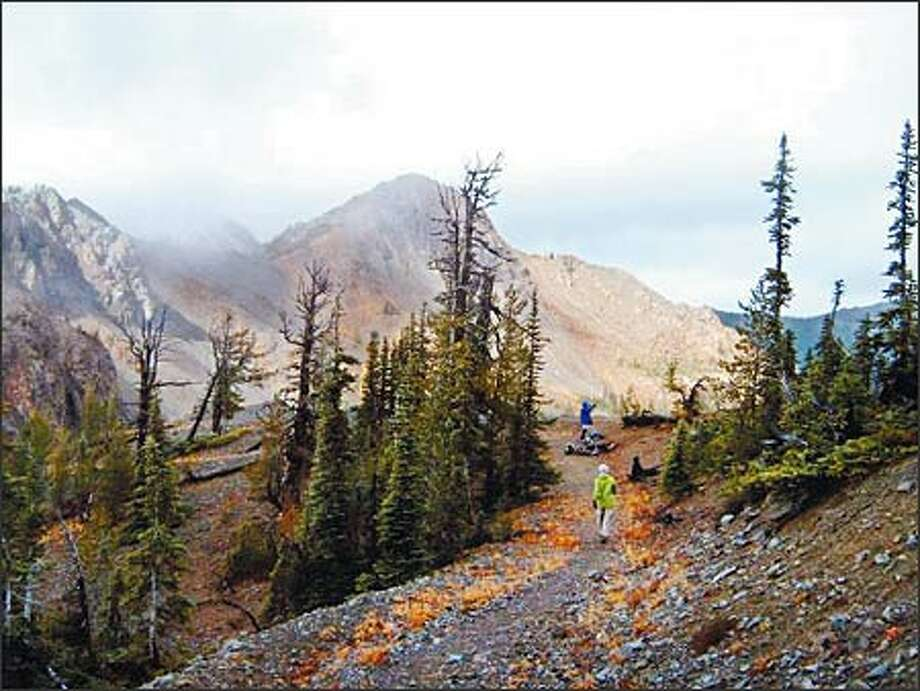 The hike to Longs Pass is a moderate hike, five miles round trip with about 2,100 feet of elevation gain. Photo: Karen Sykes, Special To The Post-Intelligencer / Special to the Post-Intelligencer
