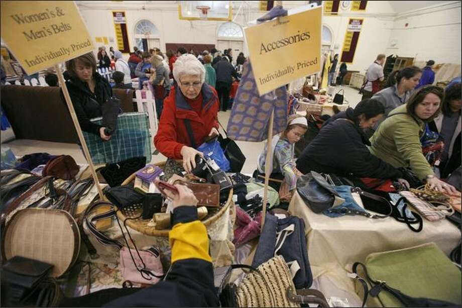 Lakeside School's annual rummage sale brought bargain-shopping crowds to the private school's campus on Saturday. Photo: Paul Joseph Brown, Seattle Post-Intelligencer / Seattle Post-Intelligencer