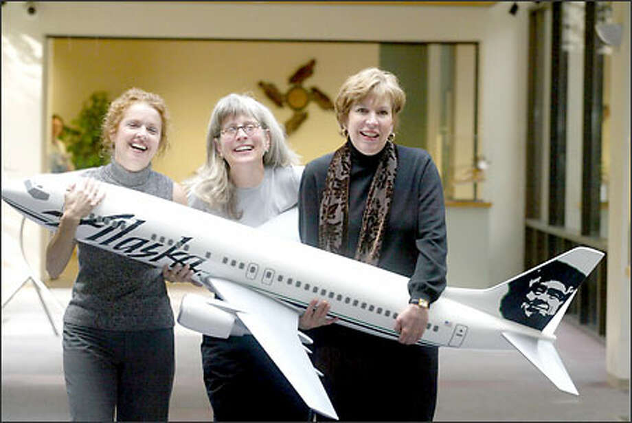 Kathy Gleaves, Debra Homola and Kathy LePenske turned their grief into charity after Flight 261 crashed, raising money for a girl who lost her mom. Photo: Phil H. Webber, Seattle Post-Intelligencer / Seattle Post-Intelligencer