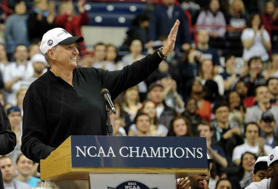 UCONN Men's Basketball Head Coach Jim Calhoun waves to fans during a rally held for the men's basketball team at Gampel Pavilion in Storrs, Conn. on Friday April 5, 2011. Photo: Christian Abraham / Connecticut Post