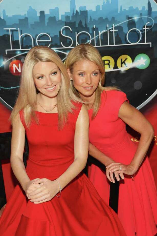 TV personality Kelly Ripa (R) attends the unveiling of her wax figure at Madame Tussauds New York at Madame Tussauds on April 5, 2011 in New York City. Photo: Bennett Raglin, Getty Images For Madame Tussauds / 2011 Getty Images