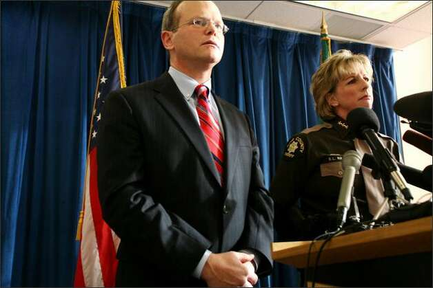 King County Prosecutor Dan Satterberg, shown here with former Sheriff Sue Rahr, made several attempts to get vehicular homicide sentences toughened. They now are after state legislators passed House Bill 2216, which increased the standard prison sentence for the crime of vehicular homicide by DUI. Photo: Paul Joseph Brown, Seattle Post-Intelligencer / Seattle Post-Intelligencer