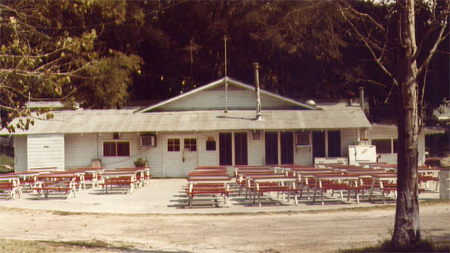 Hotshot's on Lake McQueeney opened as a camp and restaurant in 1949. Photo: Courtesy Photo