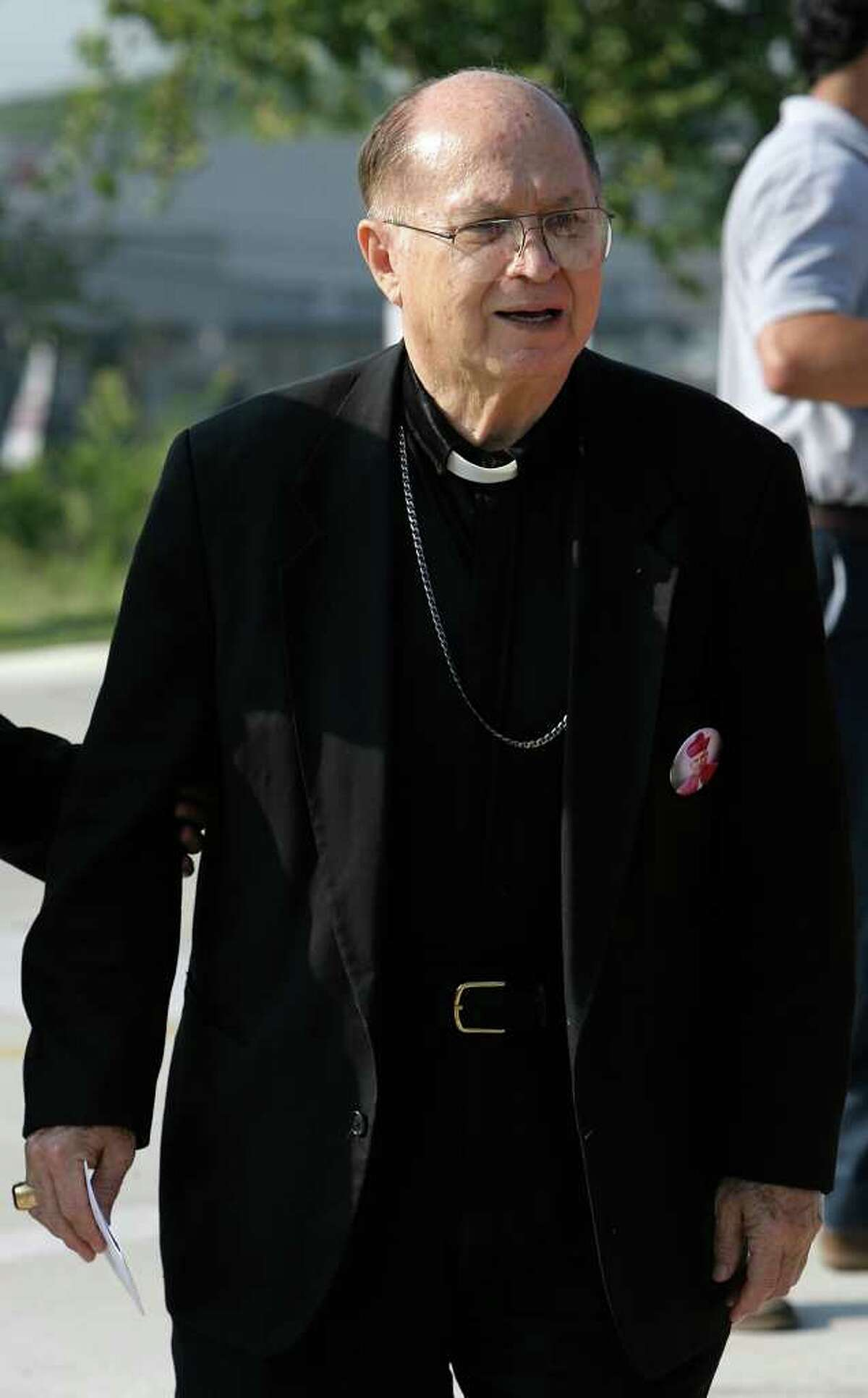 ** FILE ** Retired Archbishop Patrick Flores arrives at the blessing of the memorial marker honoring Pope John Paul II by Stevens High School on Sept. 13, 2007. Archbishop Patrick Flores was found safe early Wednesday more than 200 miles from the assisted living center where he was reported missing the day before.