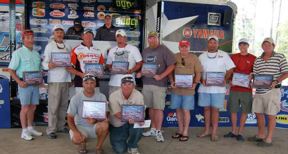 These Top 5 teams proved to be awesome athletes! (Front)  1st- Dallas Cole & Chris Clemens; (L-R) 2nd- Chris Russell & Mike Power; 3rd-Keith White & Brian Branum; 4th-Nathan Stroup & Eric Adams; 5th-Rusty Harvey & Chris Harvey; Big Bass-Casey Sobczak &Gary Sobczak  photo by Lakecaster Managing Editor Patty Lenderman