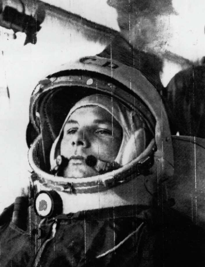 Soviet cosmonaut Major Yuri Alekseyevich Gagarin, 27, on his way to his spaceship Vostok, in which he made the first ever manned space flight on April 12, 1961. Photo: Keystone, Getty Images / Hulton Archive