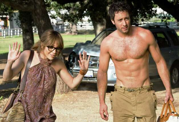 Zoe (JENNIFER LOPEZ) follows Stan (ALEX O'LOUGHLIN) to his country house. Photo: Peter Iovino, CBS Films / © 2009 CBS FILMS INC.
