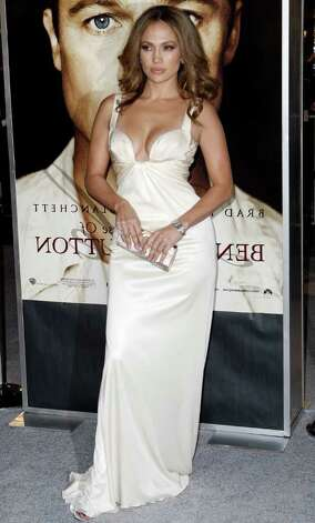 "Jennifer Lopez arrives at the premiere of ""The Curious Case of Benjamin Button"" in Los Angeles on Monday, Dec. 8, 2008. Photo: Matt Sayles, AP / AP"