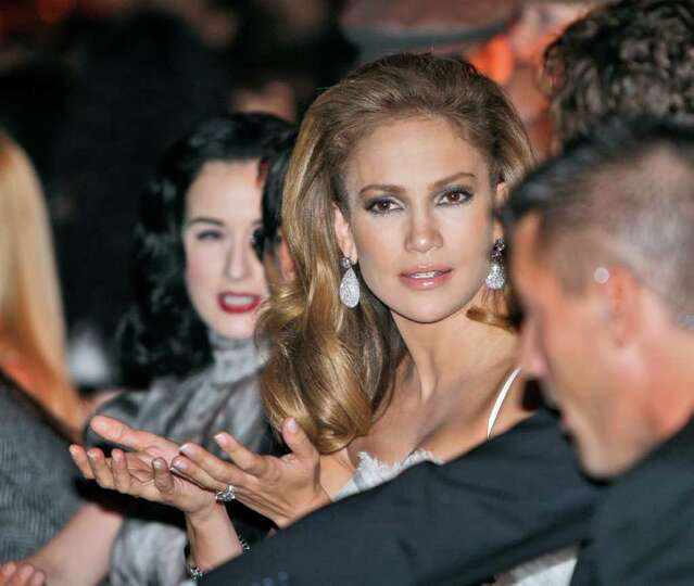 Actress and singer Jennifer Lopez attends the Dolce & Gabbana women's Spring/Summer 2009 fashion