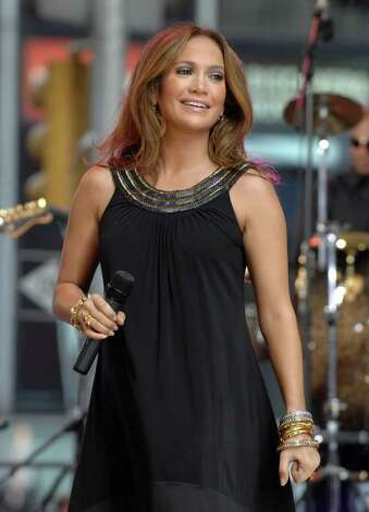 Singer Jennifer Lopez performs on Good Morning America's Fall Concert Series on 44th street in Times square, Tuesday, Oct. 9, 2007, in New York. Photo: Peter Kramer, AP / KRAPE