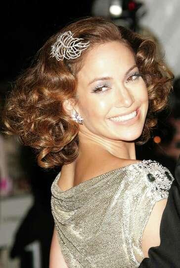 juliecooper NEW YORK - MAY 07:  Jennifer Lopez attends the Metropolitan Museum of Art Costume Instit