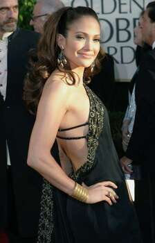 Actress Jennifer Lopez arrives at the 64th annual Golden Globe Awards in Beverly Hills January 15, 2007.     REUTERS/Mario Anzuoni (UNITED STATES) Photo: MARIO ANZUONI, REUTERS / X90045