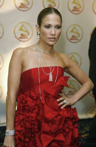"Jennifer Lopez arrives at the 2006 Latin Recording Academy ""Person of The Year"" event honoring Ricky Martin in New York November 1, 2006.   REUTERS/Lucas Jackson  (UNITED STATES) Photo: LUCAS JACKSON, REUTERS / X90066"