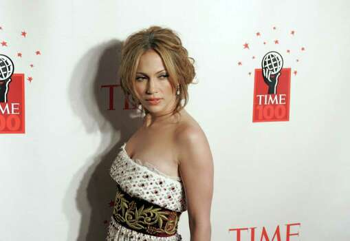 Singer Jennifer Lopez arrives for Time's celebration of the magazine's '100 Most Influential People' in New York May 8, 2006. REUTERS/Keith Bedford Photo: KEITH BEDFORD, REUTERS / X01635