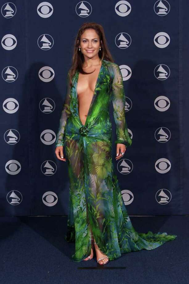 juliecooper FASHION ICON Jennifer Lopez backstage at the 42nd Annual Grammy Awards at Staples Center in Los Angeles, 2/23/00. (Photo by Scott Gries/ImageDirect) Photo: Scott Gries, Getty Images / Getty Images North America