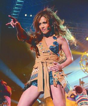 "SH4737140000	1118_19	NBC	11-20-2001	8:00 PM	Jennifer Lopez in Concert	Best Bet	Jennifer Lopez goes home in this new special ""Jennifer Lopez in Concert"" airing Tuesday, Nov. 20 on NBC. (8-9 p.m. ET).	5x6	Color	72dpi	Photos-Jay	Trivia Photo: Kevin Mazur, Kevin Mazur/WireImage / WireImage.com"