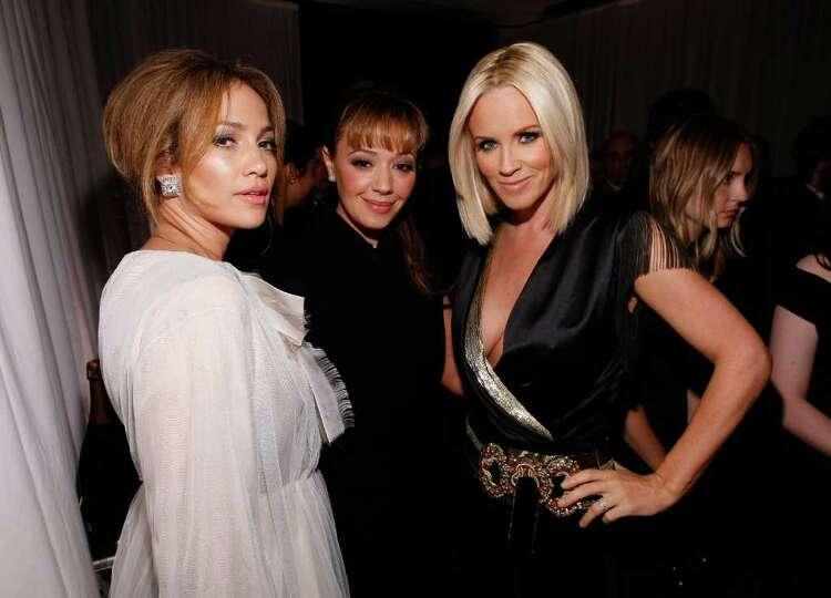 BEVERLY HILLS, CA - OCTOBER 06:  (L-R) Actresses Jennifer Lopez, Leah Remini, and Jenny McCarthy att