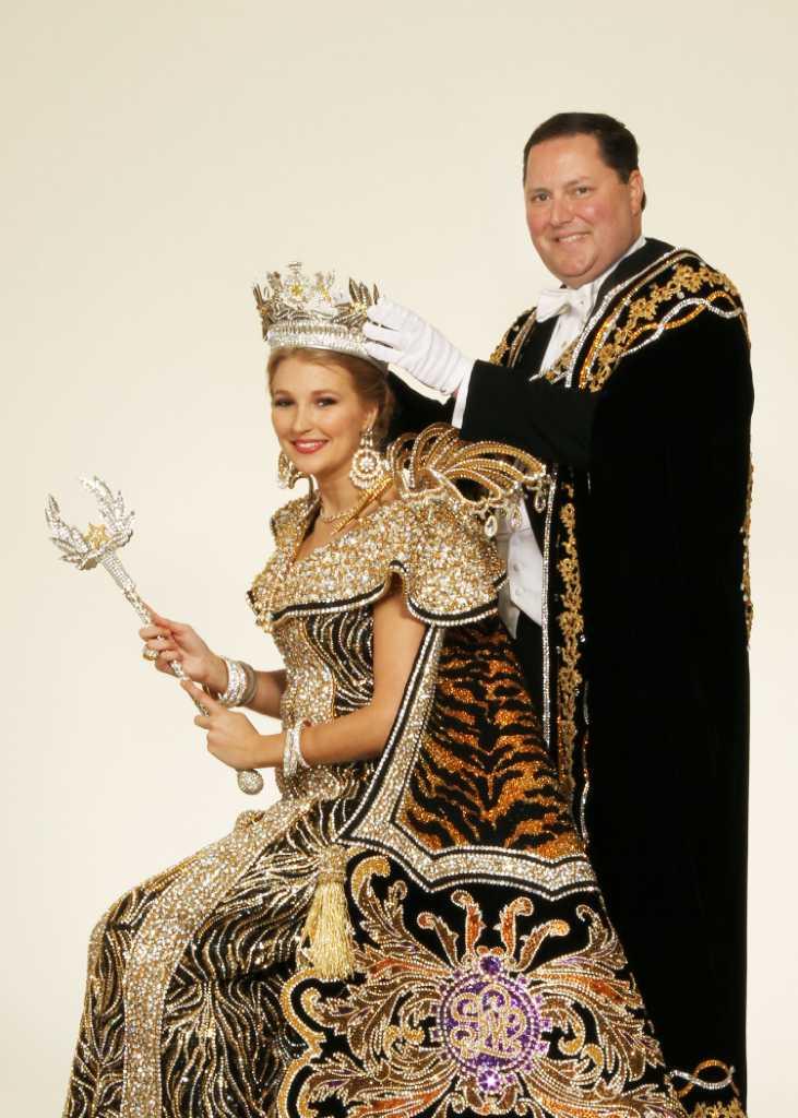 Order Of The Alamo Coronation Celebrates World S Museums