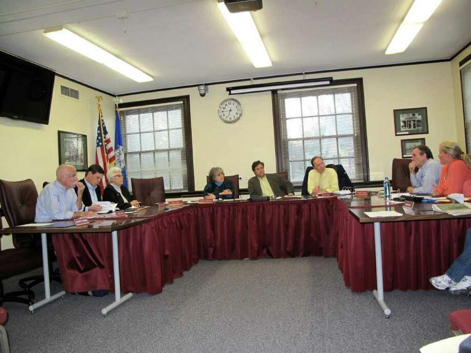 Town Council discusses issues with the referendum. Photo: Contributed Photo / New Canaan News