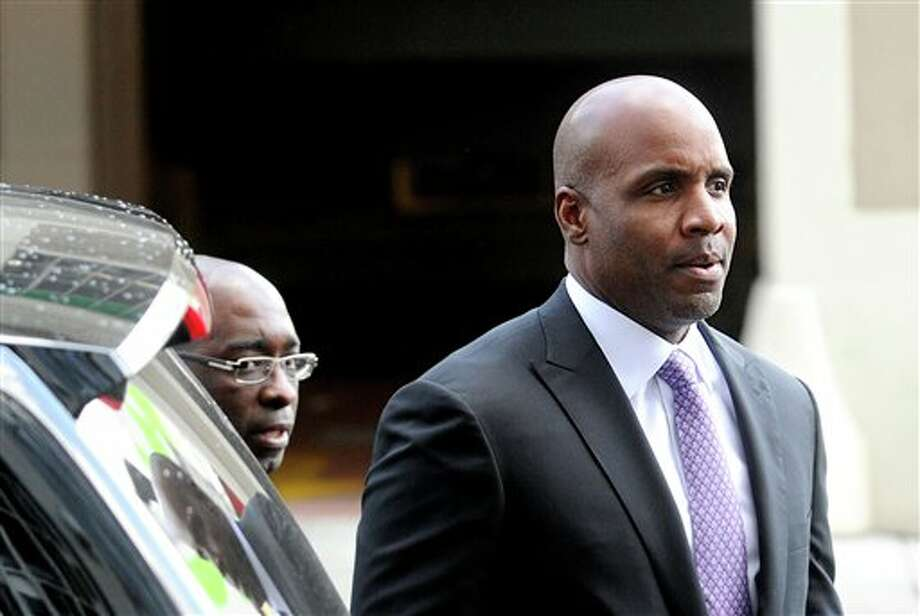 Former baseball player Barry Bonds arrives at federal court as a jury deliberates perjury charges against him on Wednesday in San Francisco. NOAH BERGER/ASSOCIATED PRESS