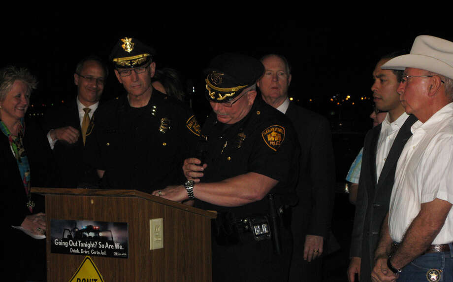 Deputy Chief Jeff Humphrey addresses law enforcement officials and community supporters from across Bexar County at a roll call late Wednesday, April 13, 2011, to rally support for officers working to curb drinking while driving. Photo: Jazmine Ulloa/Express-News