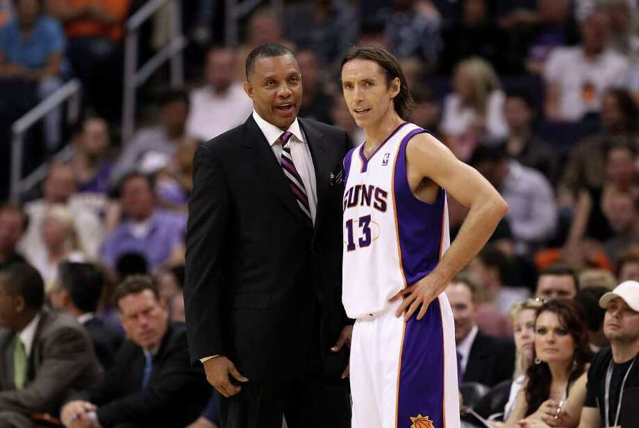 PHOENIX, AZ - APRIL 13:  Head coach Alvin Gentry and Steve Nash #13 of the Phoenix Suns talk during the NBA game against the San Antonio Spurs at US Airways Center on April 13, 2011 in Phoenix, Arizona.  NOTE TO USER: User expressly acknowledges and agrees that, by downloading and or using this photograph, User is consenting to the terms and conditions of the Getty Images License Agreement.  (Photo by Christian Petersen/Getty Images) *** Local Caption *** Alvin Gentry;Steve Nash Photo: Christian Petersen, Getty Images / 2011 Getty Images