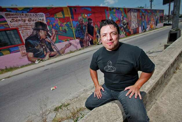 "Local artis David Blancas is working on a nearly 150-feet wide mural called ""La Musica de San Anto"" on the city's West side that depicts some of the city's icons of music. Among the musical artists are: Randy Garibay, Clifford Scott, Rocky Morales, Felix Villareal, Manny Castillo, Eva Garza, Doug Sahm, Lydia Mendoza and Guadalupe and Aurora Olguin.  Photo: KIN MAN HUI, San Antonio Express-News / kmhui@express-news.net"