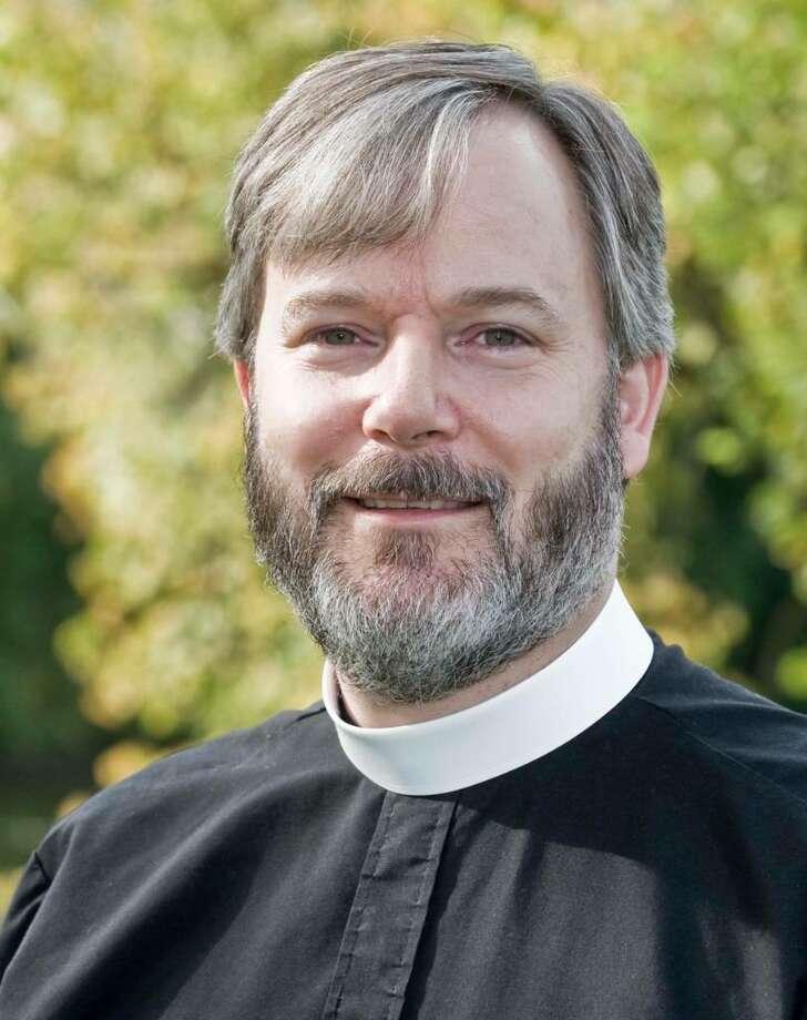 New Milford St. Johns Episcopal church reverend Greg Welin. Thursday, Sept. 24, 2009 Photo: Scott Mullin / The News-Times