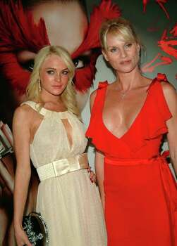 "NEW YORK - MAY 19: Actress Lindsay Lohan and  Nicolette Sheridan attend Valentino Fragrance Launch Party for "" Valentino V "" on May 19, 2005 in New York City. Photo: Desiree Navarro, Getty Images"