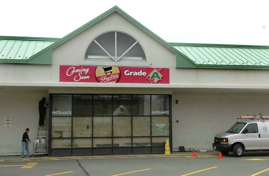 An opening day for the Grade A ShopRite store on Black Rock Turnpike is still up in the air, more than a year after the Shaw's at that location closed. Photo: Cathy Zuraw / Connecticut Post