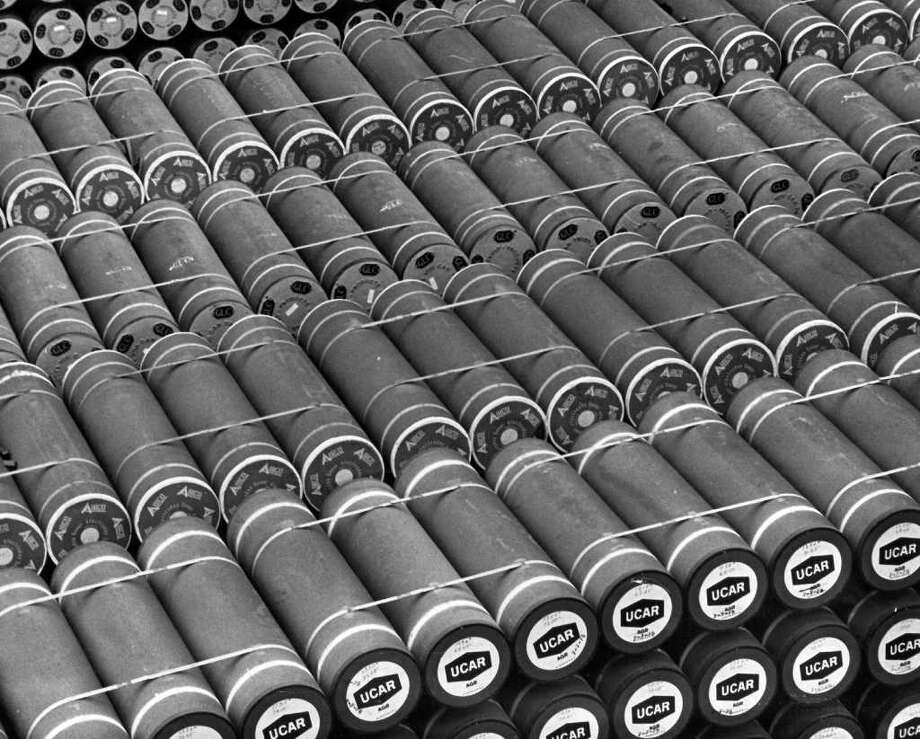 Stacks of positive and negative electrodes at Bethlehem Steel, Aug. 24, 1975. Photo: Seattlepi.com File