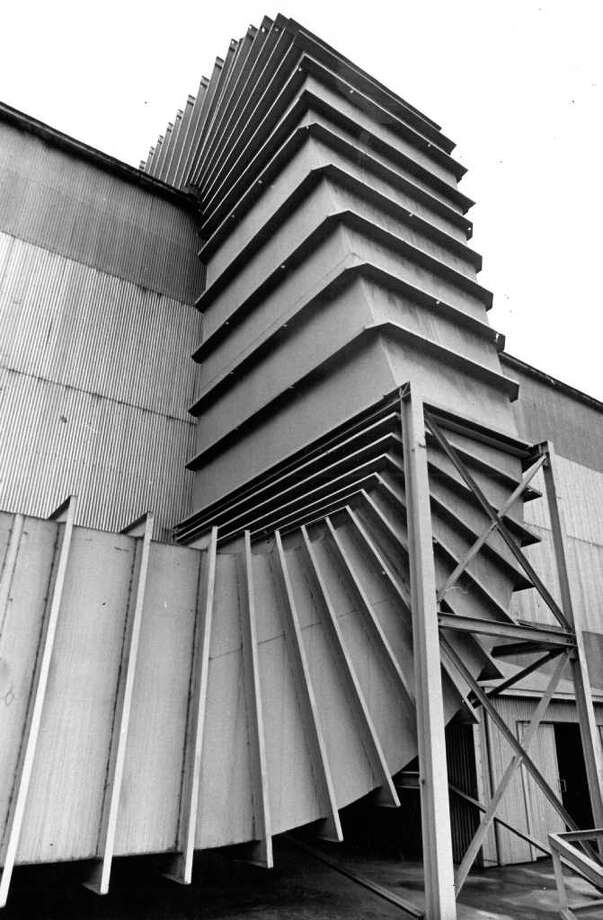 The baghouse that worked like a giant vacuum cleaner at Bethlehem Steel, Aug. 1975. Photo: Seattlepi.com File