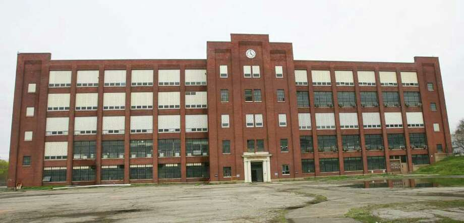 View of the south lawn entrance of the GE plant on Boston Ave in Bridgeport on Monday, April 25, 2011. The plant is set for deconstruction, which should begin in three weeks. Photo: B.K. Angeletti / Connecticut Post