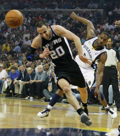 Spurs Manu Ginobili is fouled by Memphis Grizzlies Tony Allen during the first half of game four of the Western Conference First Round at FedExForum in Memphis, TN, Monday, April 25, 2011. JERRY LARA/glara@express-news.net / SAN ANTONIO EXPRESS-NEWS (NFS)