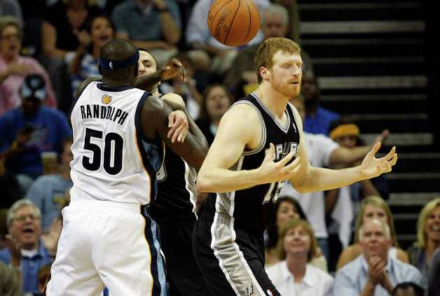 Spurs Matt Bonner reacts to get call for a foul against Memphis Grizzlies Zach Randolph during the first half of game four of the Western Conference First Round at FedExForum in Memphis, TN, Monday, April 25, 2011. JERRY LARA/glara@express-news.net / SAN ANTONIO EXPRESS-NEWS (NFS)