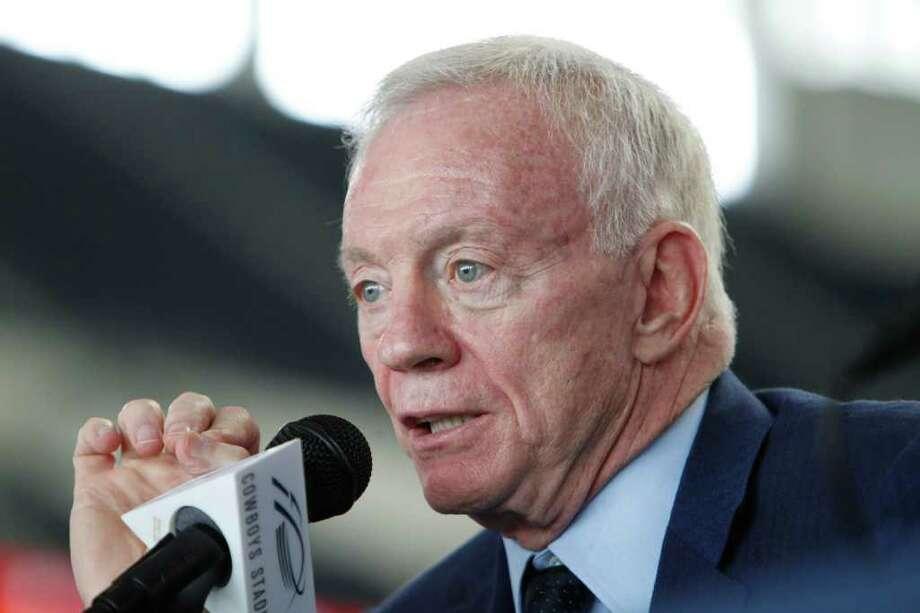 Cowboys owner regrets criticism - San Antonio Express-News