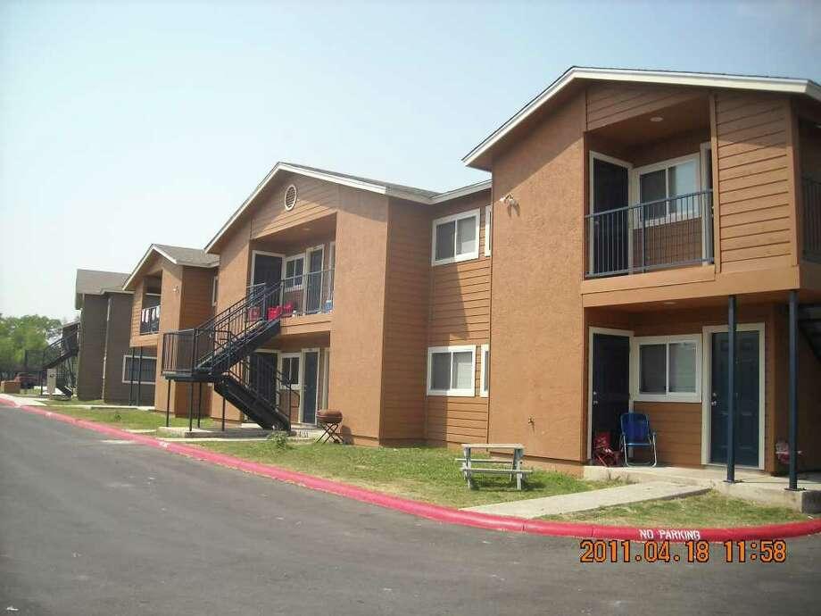 Local Apartments Receive Rehab San Antonio Express News