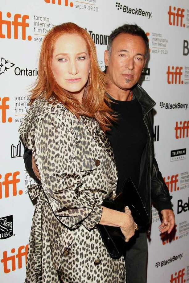 Hollywood Home Wreckers