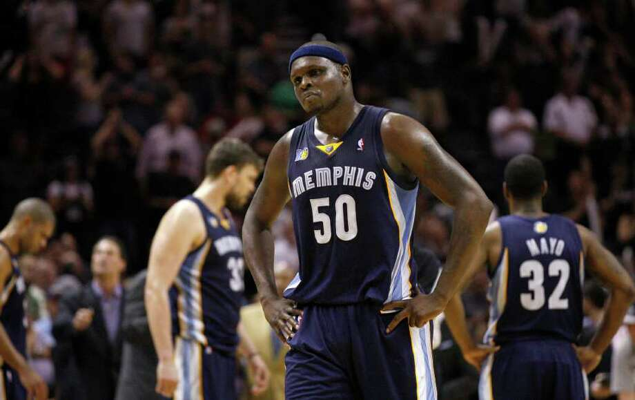 SPURS --  Memphis Grizzlies forward Zach Randolph (50) reacts during overtime of game five of the Western Conference First Round at AT&T Center, Wednesday, April 27, 2011.  The Spurs won 110-103.  JERRY LARA/glara@express-news.net Photo: JERRY LARA, JERRY LARA/glara@express-news.net / SAN ANTONIO EXPRESS-NEWS (NFS)