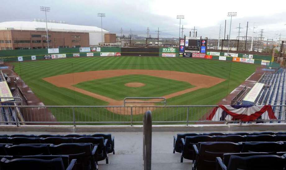 Friday:The Bridgeport Bluefish hold their home opener against he York Revolution at 7:05 p.m. at the Ballpark at Harbor Yard. Photo: Christian Abraham / Connecticut Post