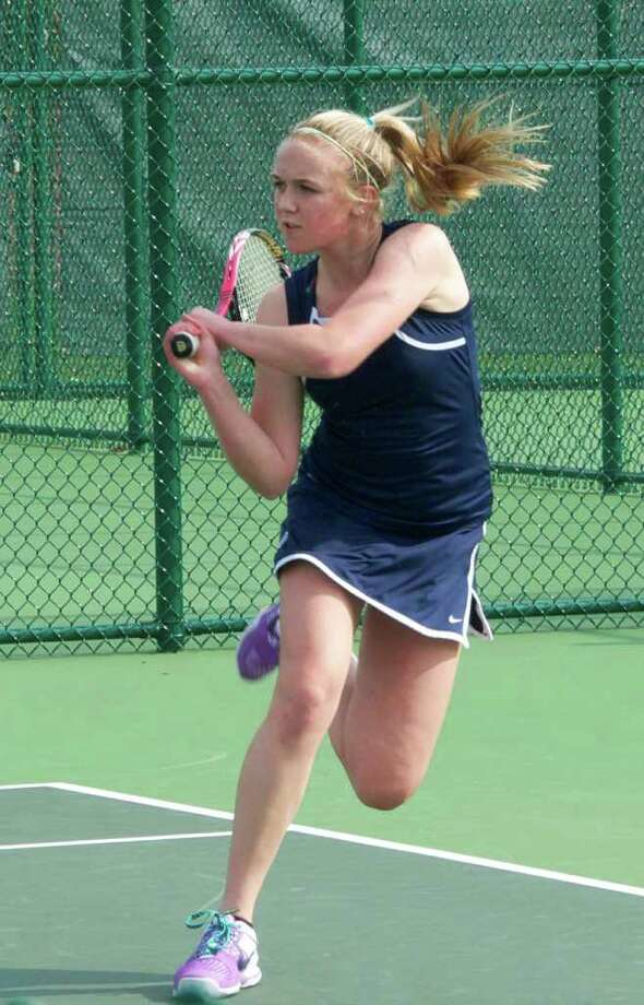 Greens Farms Academy sophomore Caitlin Rummelsburg was victorious at No. 2 and No. 3 singles last week helping the undefeated Dragons win against both Greenwich Academy and Hamden Hall. Photo: Contributed Photo / Kiera Wood