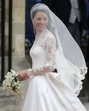 Kate Middleton arrives at Westminster Abbey at the Royal Wedding in London Friday, April 29, 2011. (AP Photo/Gero Breloer)