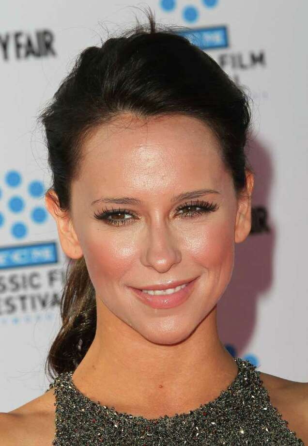 """Actress Jennifer Love Hewitt attends the TCM Classic Film Festival Opening Night Gala and World Premiere of the film """"An American In Paris"""" at Grauman's Chinese Theatre in Hollywood, California.  Photo: Getty Images"""