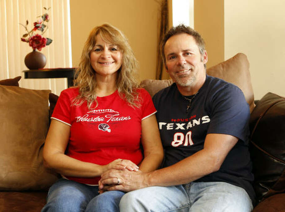 Melinda and Bill Finch met in January and married in March. Photo: Melissa Phillip, Houston Chronicle